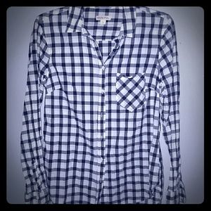 Black and white button-down shirt
